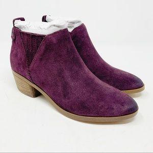 Marc Fisher Women's Wilde Stacked Heel Bootie Sz5